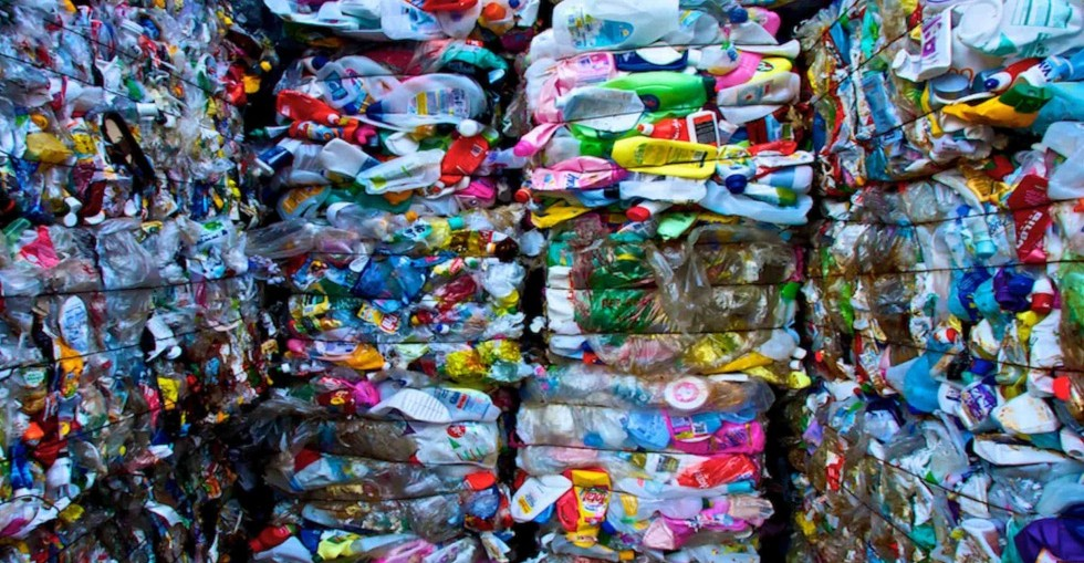 China bans import of plastic waste