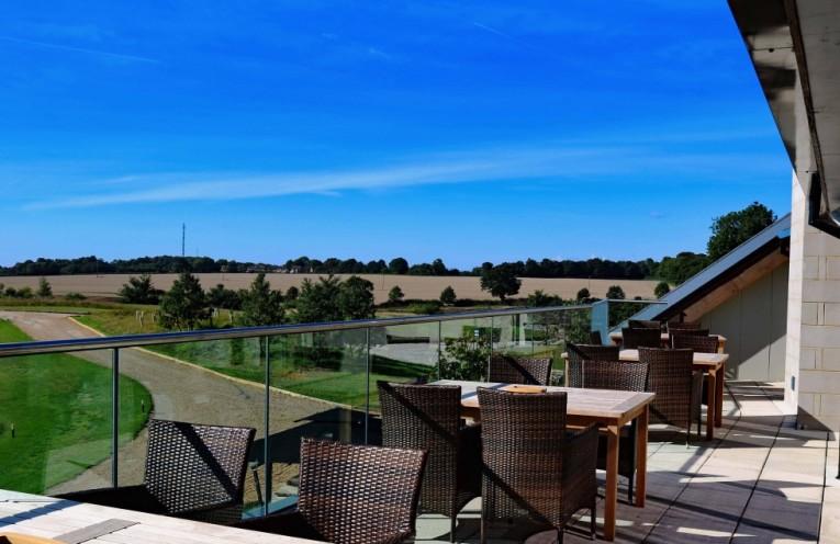 Kingspan OPTIM-R drives success at golf clubhouse