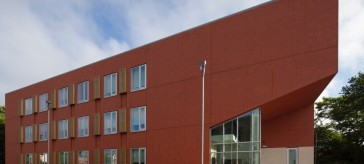 Slim Vips from Kingspan Optim-R Specified for Compact Colleg